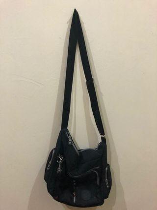 KIPLING BLACK SLING BAG