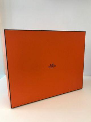 Hermes Box (Bolide 27)