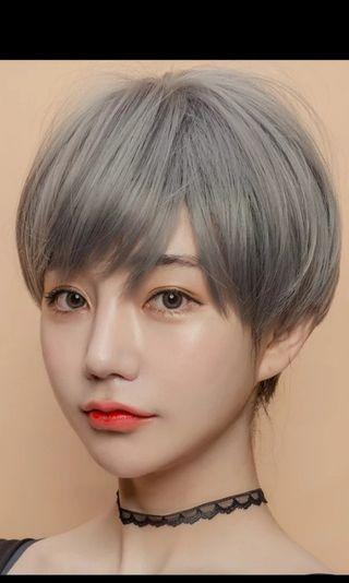 Milk Ash grey wig. Used once. Look very realistic.