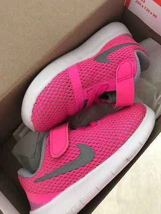 Nike hot pink shorts shoe sneakers 8c girls toddler