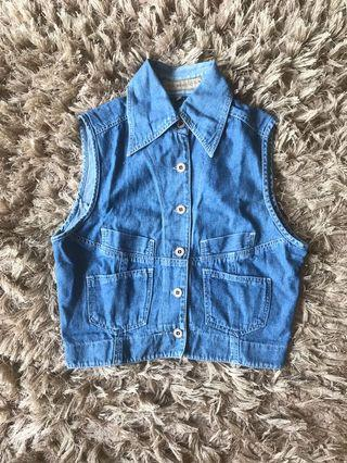 Blue jeans tops