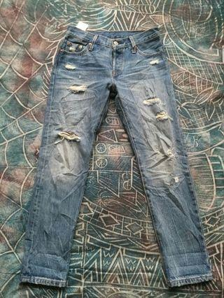 Levi's 501 ct distressed jeans