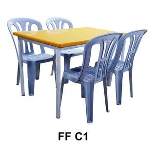 Cafe Table + 4 Plastic Chair