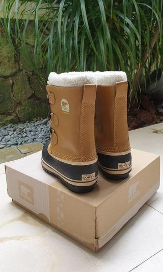 🚚 Branded Winter Boots (Up to - 40 Deg Cel)