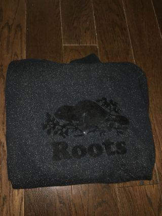 ROOTS sweat