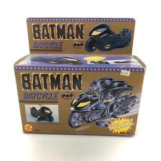 Batcycle  Toy Biz Batman Vehicle 蝙蝠俠  蝙蝠車 絕版
