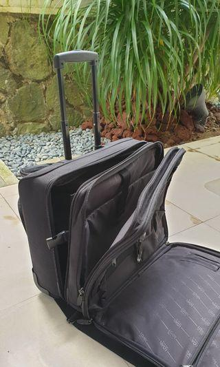 "🚚 Hand Carry / Office Bag ""Back Saver"""