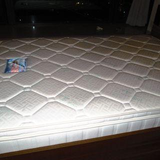 Double bed mattress excellent clean condition