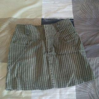 Rok pendek preloved