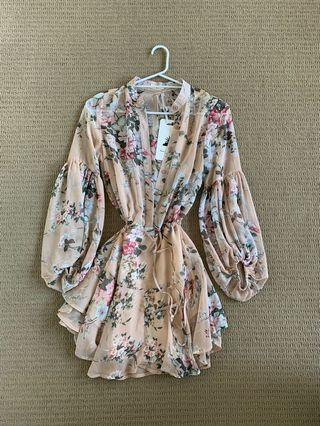 Here Comes the Sun size 6 dress