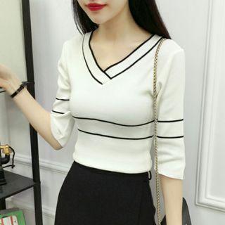 Korean Pretty White Knitted Top