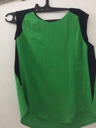 green blouse/ atasan hijau sleeveless
