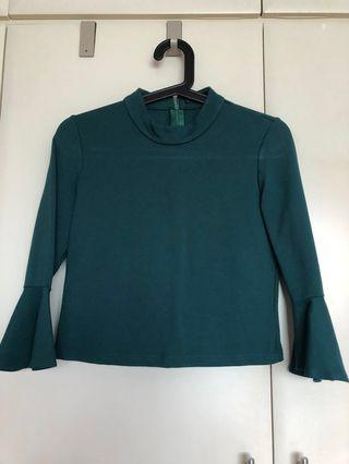 🚚 MGP crop top with flutter sleeves (dark green, size m)