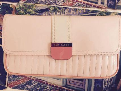 🚚 Ted Baker clutch brand new