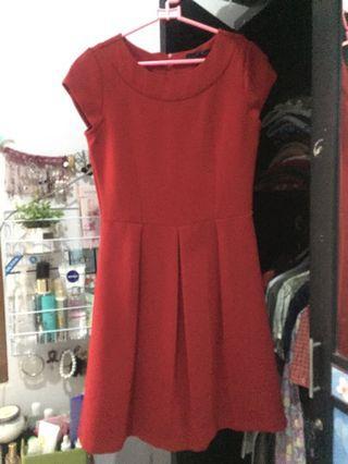Dress Merah midi
