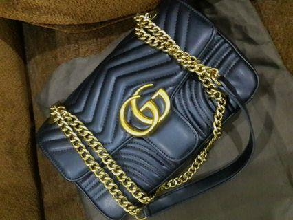 Gucci Marmont like new 😍complete box