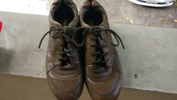Authentic Coach Raeann leather sneakers