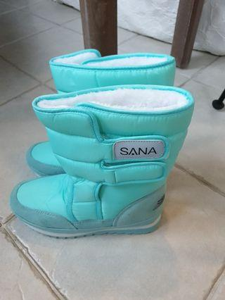 Brand New Winter Boots - Size 38