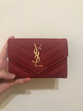 🚚 Ysl 零錢包 紅 空間大 在國外購入 正品 購入價10900 可小議