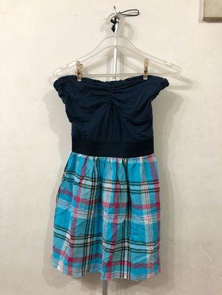 New! Navy and checked summer top