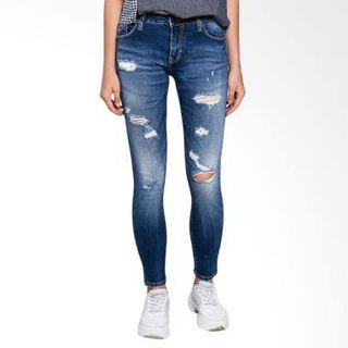 Rodeo Ripped Jeans NEW