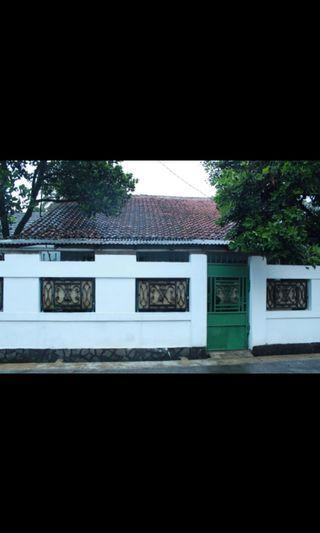 Rumah buah batu