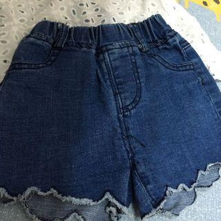 牛仔短褲 下擺有造型