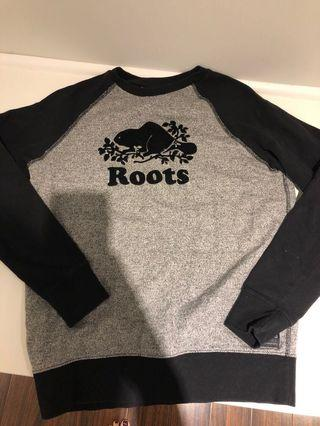 women's small ROOTS