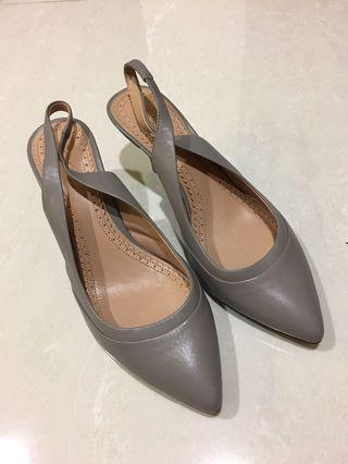 🚚 Authentic brand designer brooks Brother genuine leather heels pumps grey