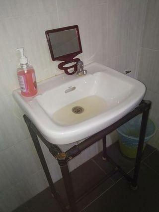 Repair sinki & toilet sumbat