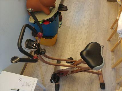 OTO 最新型號 rowbike RB-1000 非常新淨 購於吉之島aeon oto專門店