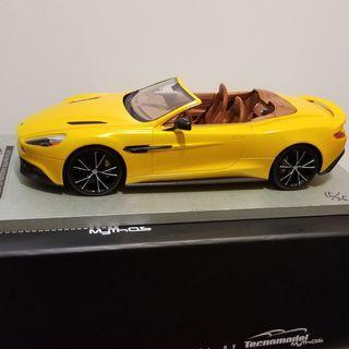 1/18 Technomodel Aston Martin Vanquish Volante resin autoart minichamps kyosho