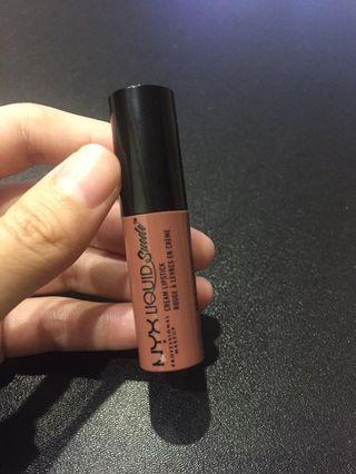 Nyx 皮革絨光濃唇釉 soft spoken liquid suede cream lipstick