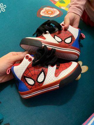 蜘蛛人鞋子