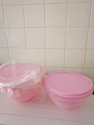 BN x3 Tupperware bowls / containers