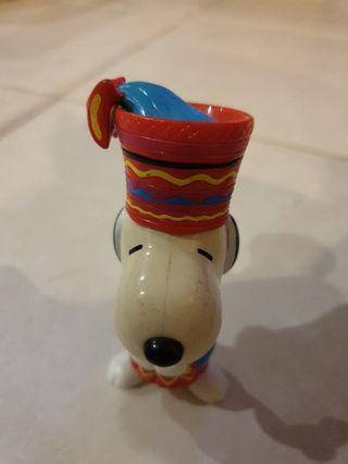 🚚 Snoppy Plastic Figurine Collectable Piece