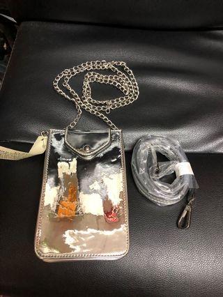 銀色袋 (可完全放入I phone 8 plus)