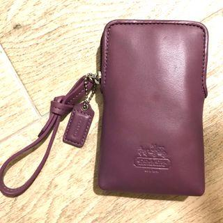 COACH Leather Phone Pouch 100% New & Real with Box