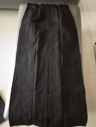 For sale murmer..rok span bahan kahatex bagus terawat like new n kemeja putih adem melar
