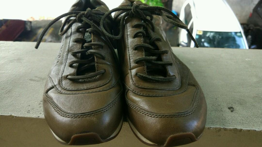 REPRICED Authentic Coach Raeann leather sneakers