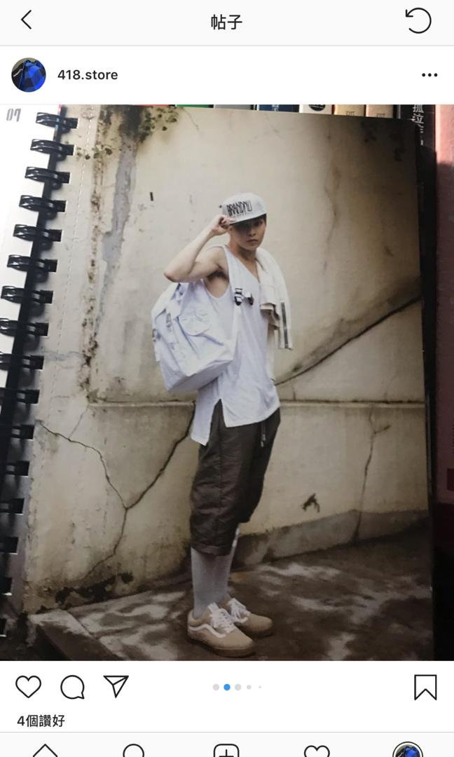 "EXO THE FIRST ALBUM ""XOXO"" REPACKAGE"