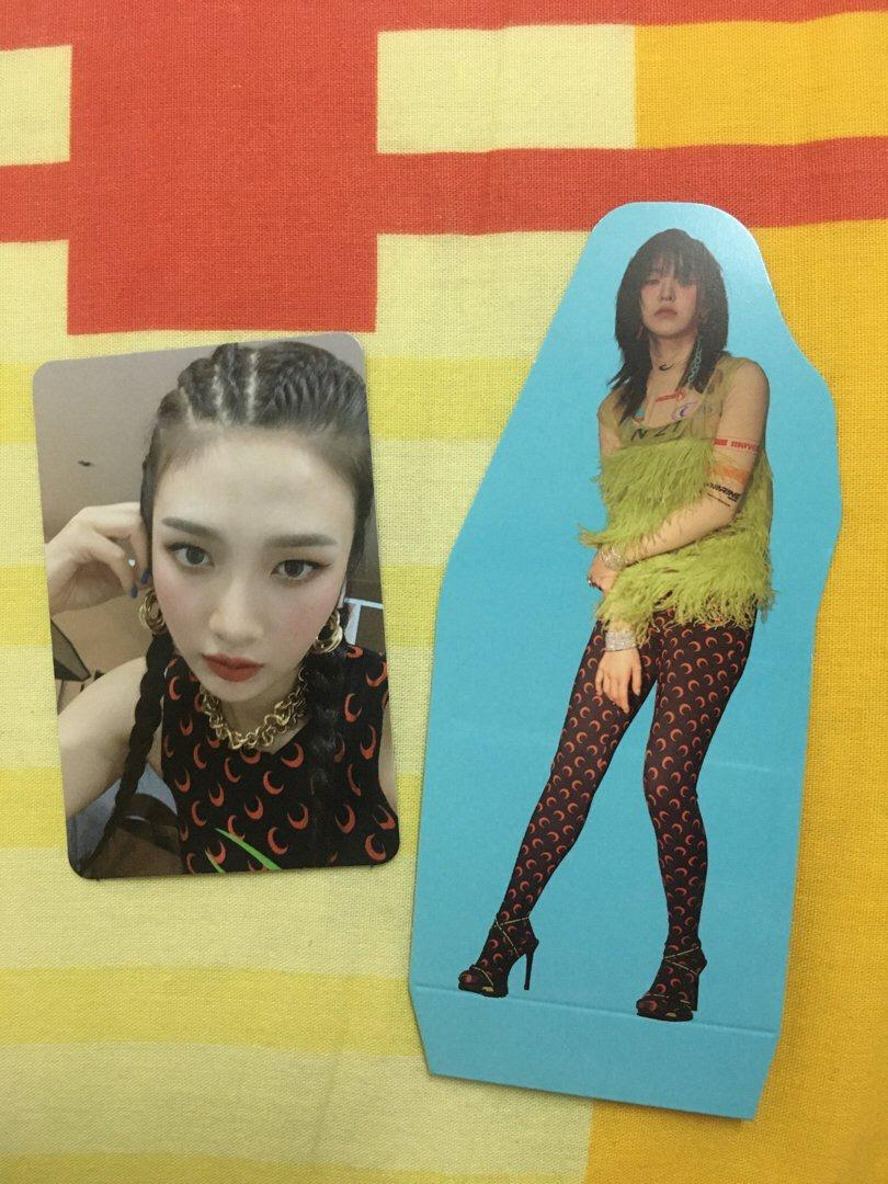WTT The ReVe Festival Day 1 Photocard and Standee to IRENE