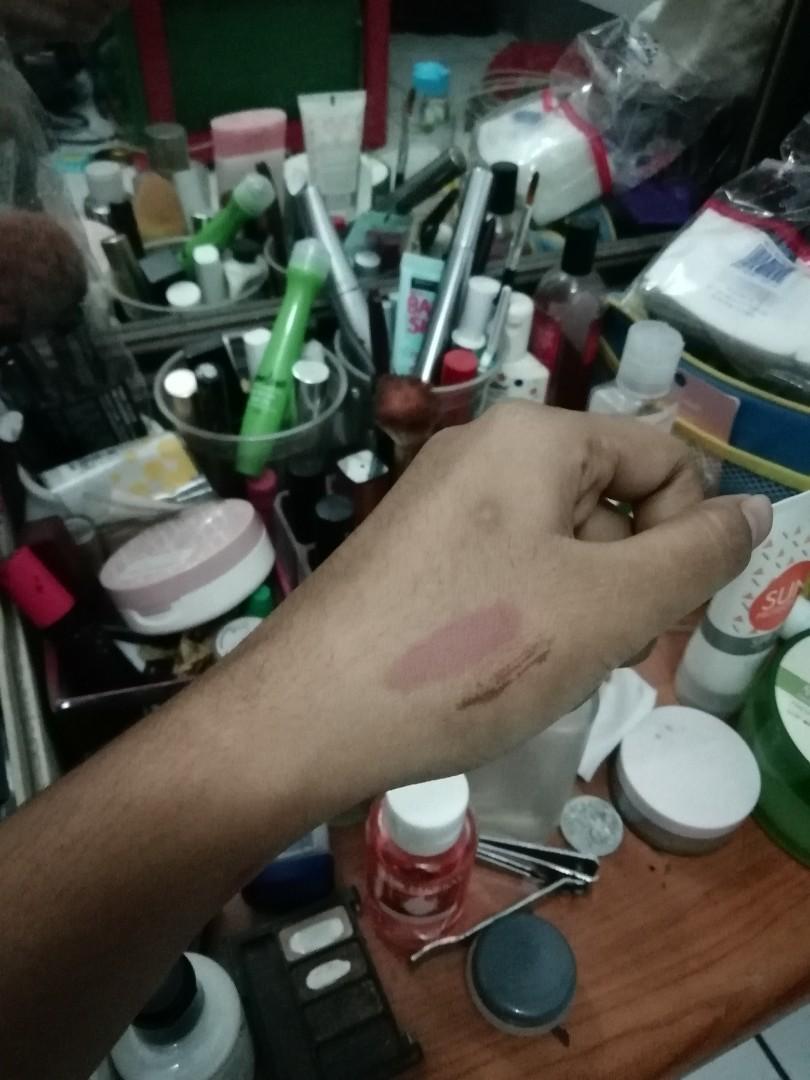 Zoya Lip Paint shade Cream #SociollaCaraousell #lipcream