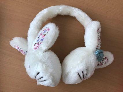 🚚 Ear mufflers : white bunnies
