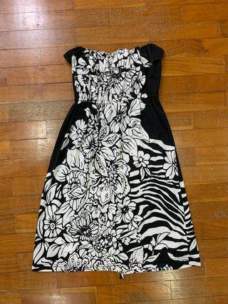 🚚 Black and White Floral-Print Tube Dress