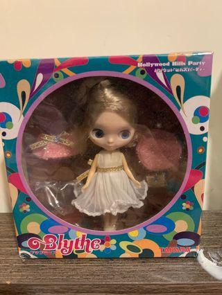 hollywood hills party blythe