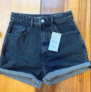 ZARA HW Mom Shorts