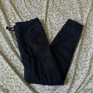 High rise cargo pants size xs/s