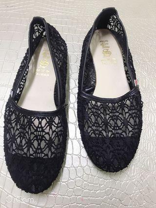 二手鞋子$50 休閑鞋運動鞋球鞋 24cm