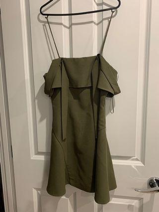 Cmeo dress